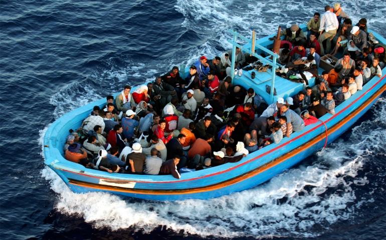 الهجرة غير النظامية