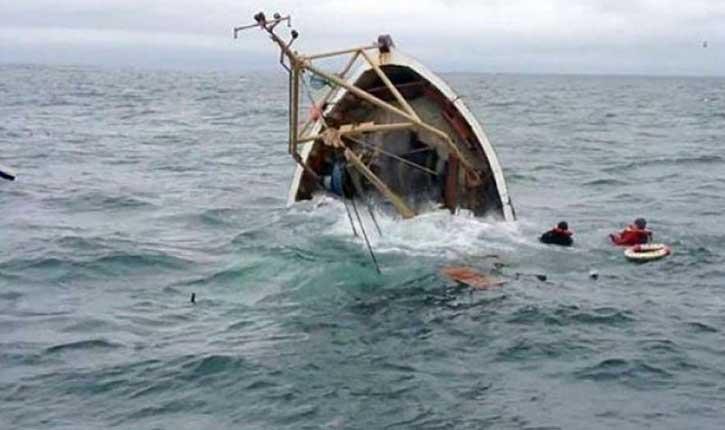 غرق مركب في بنزرت
